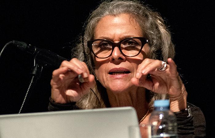 Jane Evelyn Atwood, ayer en A Coruña, en los encuentros 'Ráfagas 2012'. Foto: Luis Carmona Juanmartiñena